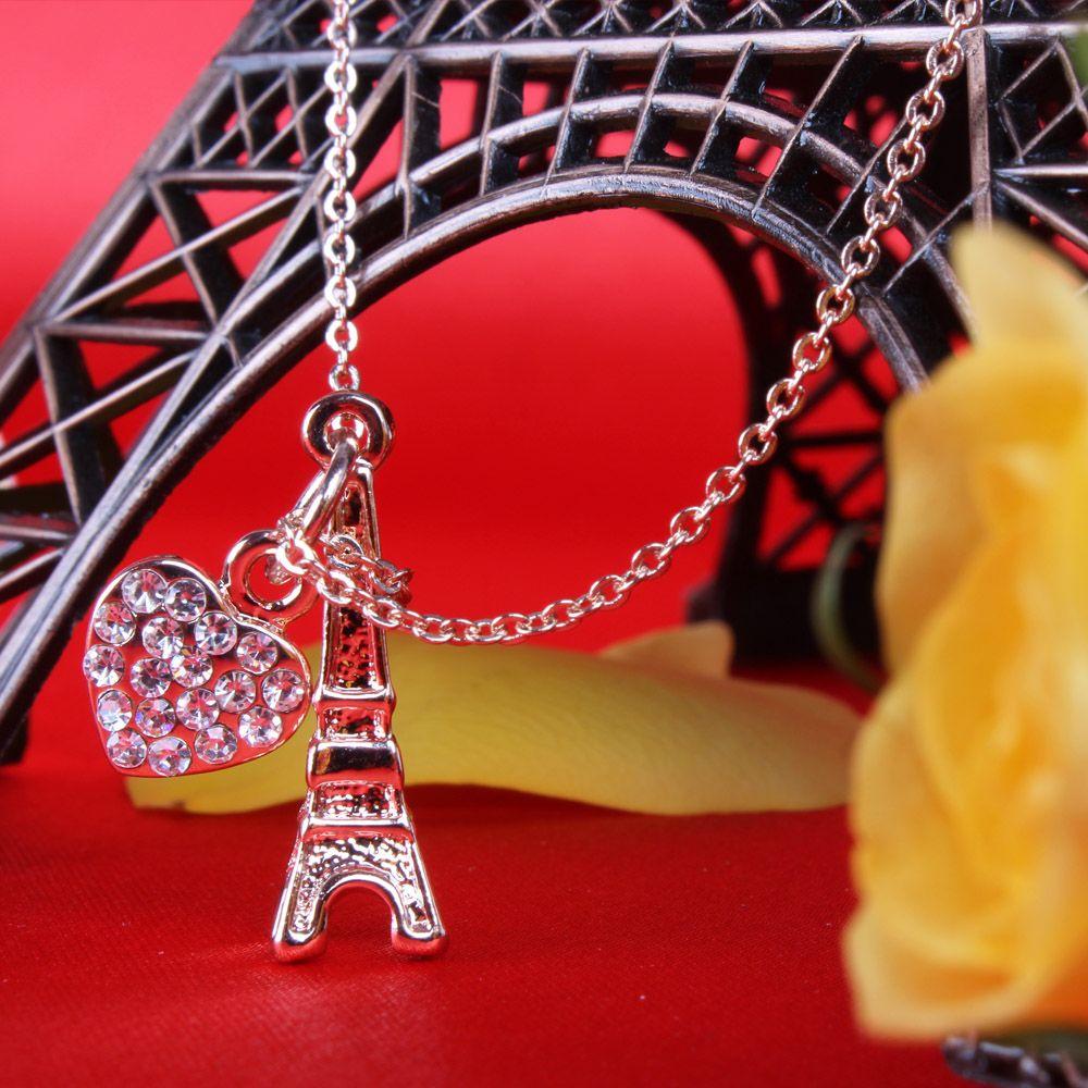 Attractive Chain for Mom