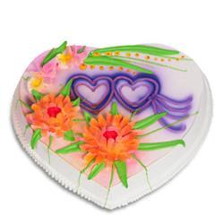 2 Kg Heart Shape Vanilla Cake for Delhi