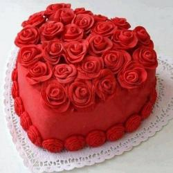 3D Roses Heart Shaped Cake for Ahmedabad
