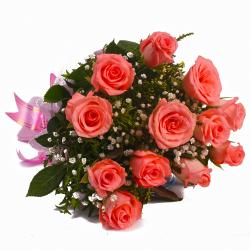 Aesthetic Bouquet of 12 Pink Roses for Jaipur