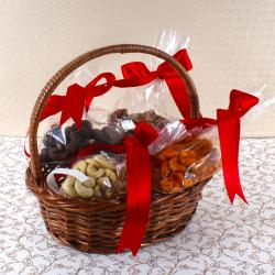Assorted Cashew in Basket for Pune