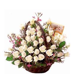 Basket of 25 White Roses for Raichur