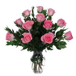Beautiful Pink Roses In Glass vase for Hyderabad