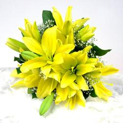 Bouquet of 10 yellow Lilies for Shimla