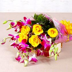 Bouquet of Orchids and Roses for Manipal