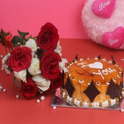 Bunch of 10 Red and White Roses with Half Kg Round Butterscotch Cake for Kanchipuram