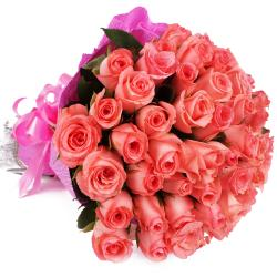 Bunch of 50 Pink Roses in Tissue Paper Packing for Mathura