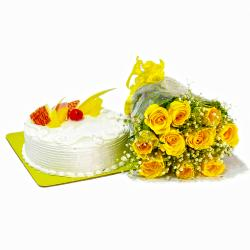 Bunch of Yellow Roses and Pineapple Cake for Alappuzha