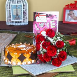 Butterscotch Cake with Roses Bouquet and Love Greeting Card for Gandhinagar