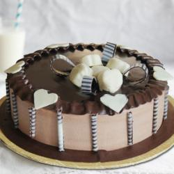 Chocolate Delight Round Shaped Cake for Vasco Da Gama