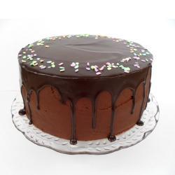 Cream Chocolate Frosting Cake for Kakinada