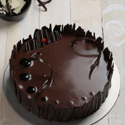 Dark Eggless Chocolate Cake for Kolkata