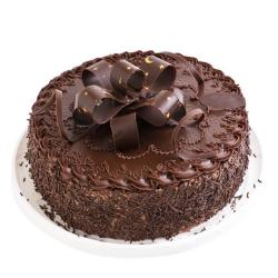 Delectable Chocolate Cake for Pune