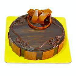 Delicious One Kg Chocolate Fresh Cream Cake for Lucknow