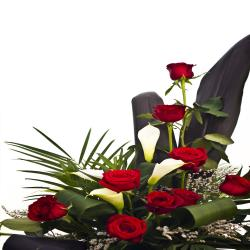 Designer Red Roses Arrangement for Delhi