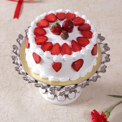 Eggless Fresh Cream Strawberry Cake for Moradabad