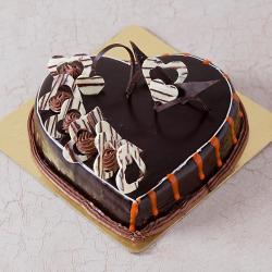 Eggless Heart Shaped Chocolate Truffle Cake for Moradabad