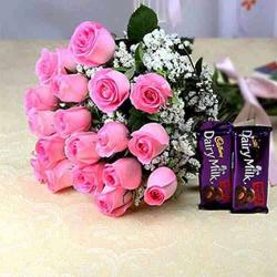 Eighteen Pink Roses Bouquet with Chocolates for Thanjavur