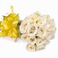 Eighteen White Roses Bouquet for Agra