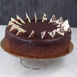 Exclusive One Kg Chocolate Cake for Chandigarh