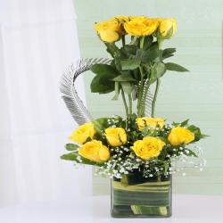 Exotic Arrangement of Yellow Roses in Vase for Rajahmundry