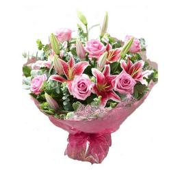 Fantastic Bouquet of Lilies and Roses for Mathura