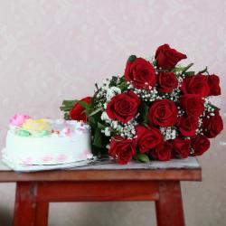 Fifteen Red Roses with Vanilla Cake for Kolkata