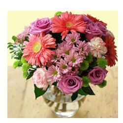 Fresh Flowers In Vase for Raipur