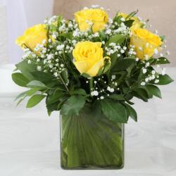 Glass Vase of Six Lovely Yellow Roses for Moradabad