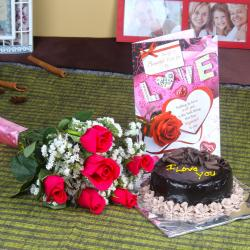 Hamper for Sweet Couple of Flowers and Cake for Jaipur