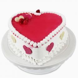 Heart shape Fresh Strawberry Cake for Kanchipuram