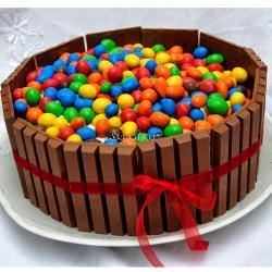Kit Kat Chocolate Cake for Pune