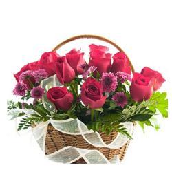 Love Basket Of Roses for Baroda