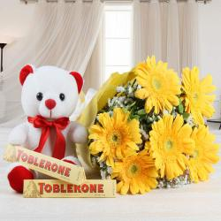 Memorable Gifting Combo Online for Lucknow