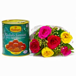 Mix Six Roses Bouquet with Gulab Jamuns for Bangalore
