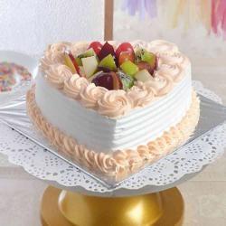 One Kg Heart Shape Fresh Fruit Cake Treat for Ahmedabad