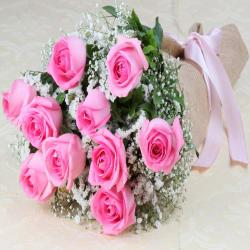 Pink Roses Bouquet in a Jute Wrapping for Alappuzha