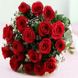 Ravishing Twenty Red Roses Bouquet for Hospet