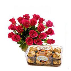 Red Roses Arrangement with Ferrero Rocher for Chennai