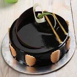 Rich Truffle Cake for Thanjavur