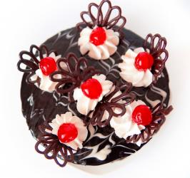 Round Black Forest Cake for Asansol