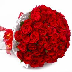 Round Bunch of 50 Red Roses for Dombivli