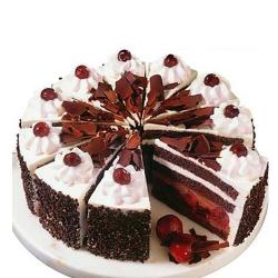 Round Shape Black Forest Cake for Pune