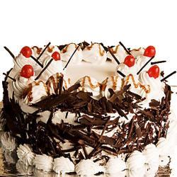 Small Black Forest Cake for Delhi