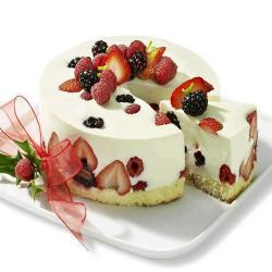 Strawberry Cream Cheesecake for Hyderabad