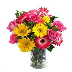 Vase Arrangement Of 15 Flowers for Baroda