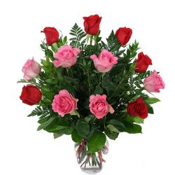 Vase Arrangement of Red and Pink Roses for Ahmedabad