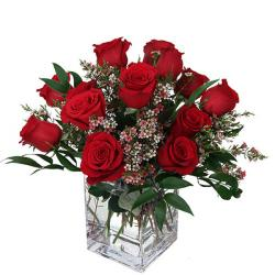 Vase Arrangement of Red Roses for Alappuzha