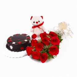 Yummy Chocolate Cake with Red roses and Cuddly Bear for Dewas